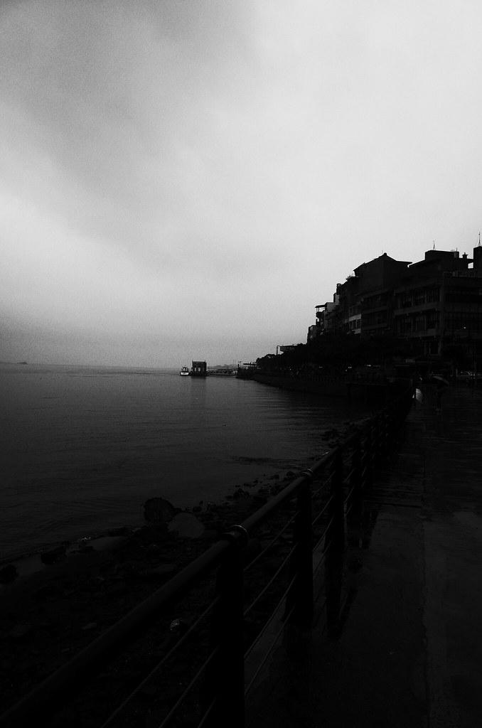 水岸[黑白]