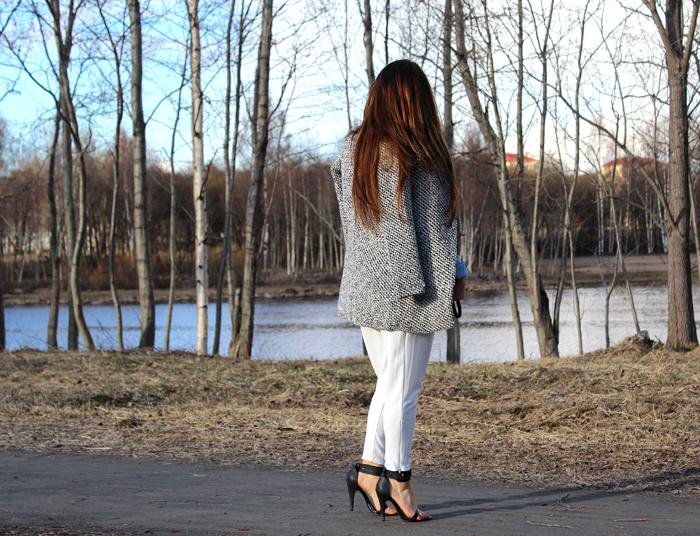 white pants 400