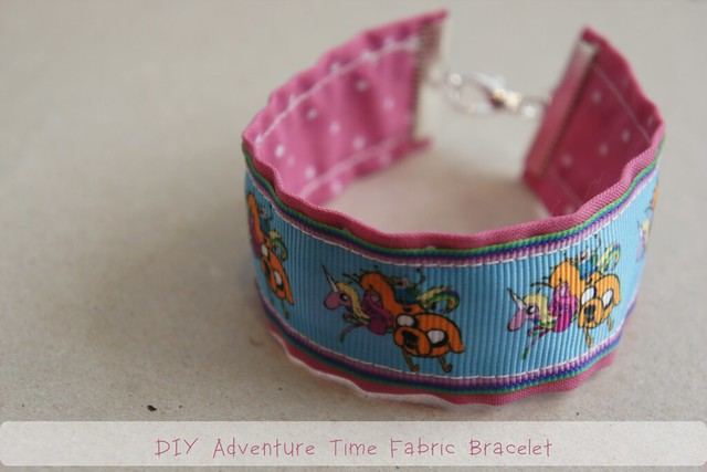 diy fabric bracelet adventure time 1