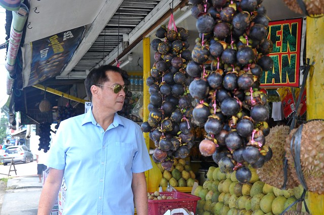 Chef Sandy Daza at a Davao Fruit Stand