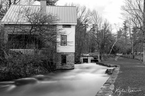 white house lake ontario canada black mill water waterfall 10 indian tripod fast stop filter nd locks elgin rideau opinicon chaffey