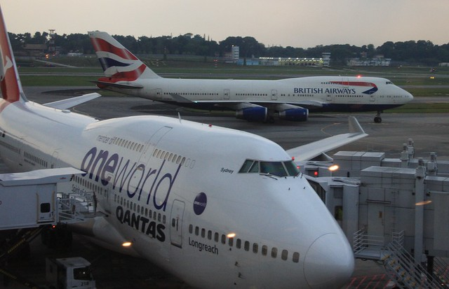 VH-OEF Boeing 747-438-ER (cn 32910-1313) Qantas (Oneworld)