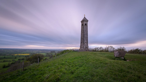 sunset monument gloucestershire tyndale wottonunderedge