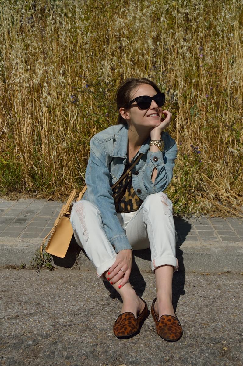 lara-vazquez-madlula-blog-style-fashion-denim-rock-leopard-flats