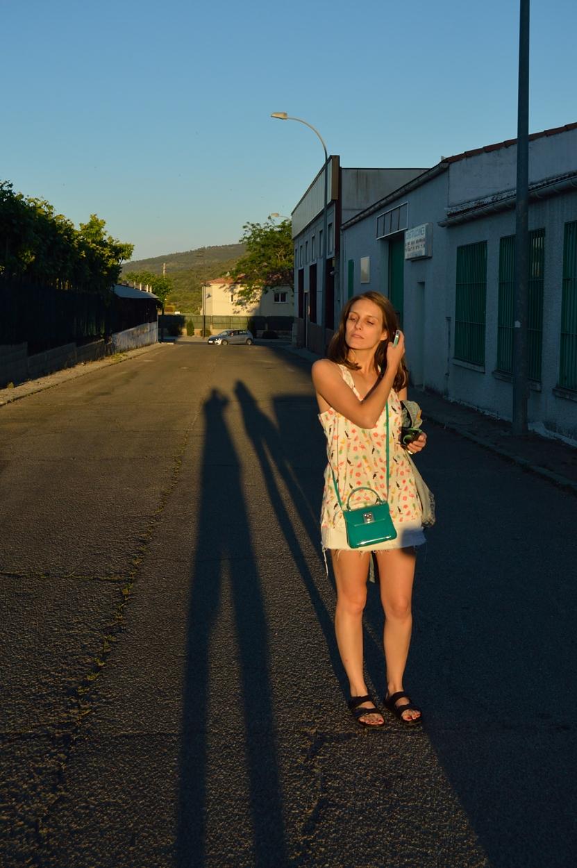 lara-vazquez-madlula-blog-style-fashion-green-details-tropic-tee