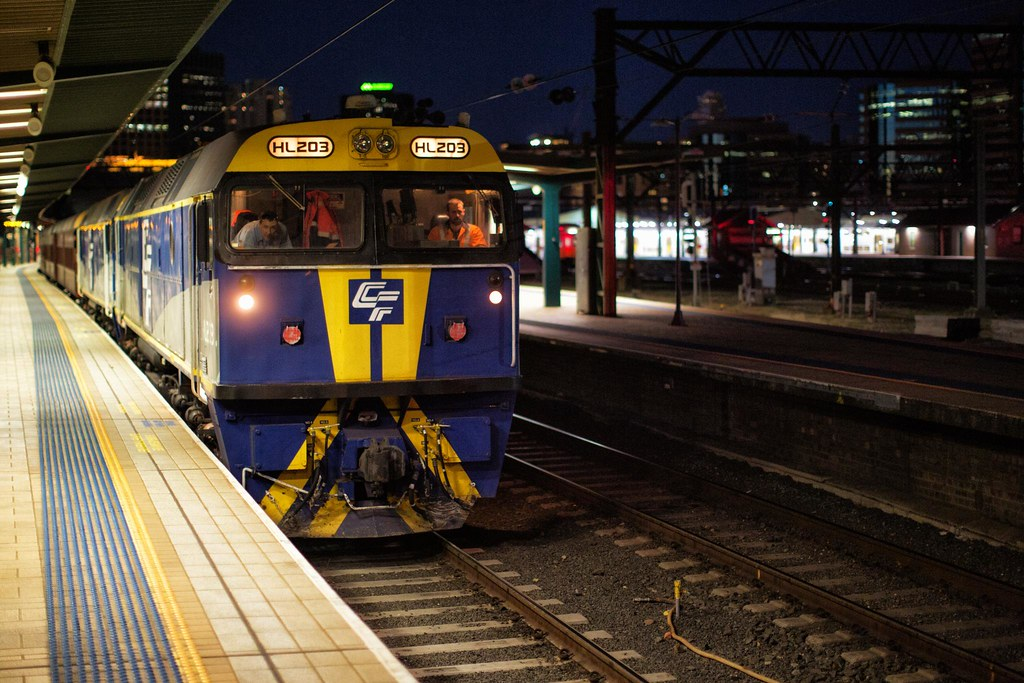 HL203 Departing Sydney Terminal by Trent