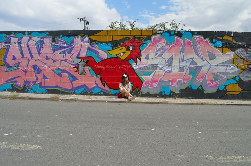 lara-vazquez-madlula-blog-style-fashion-pop-of-red-casual