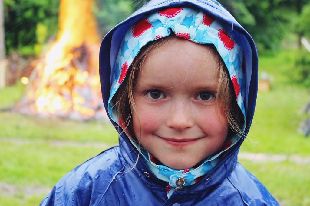 little-girl-in-rain