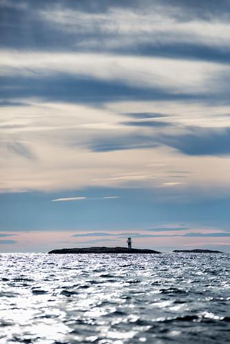 sea lighthouse sweden sverige fyr hav bohuslän västkusten västragötalandslän fjällbackaskärgård djupskärfyr otterönmusön