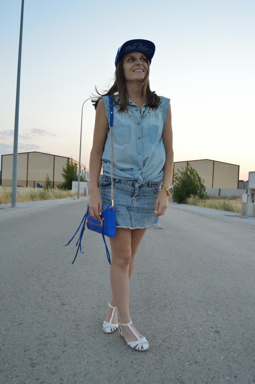 lara-vazquez-mad-lula-fashion-look-style-denim-blue-look