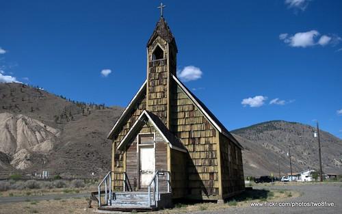 abandoned church britishcolumbia highway1 transcanadahighway thompsonriver thecanyon spencesbridge