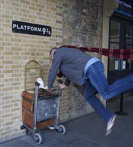 Platform 9 3/4, Harry Potter, London, England, travel, expat life
