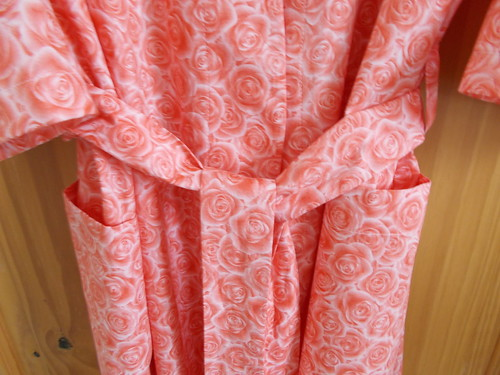 Coral pink rose print robe