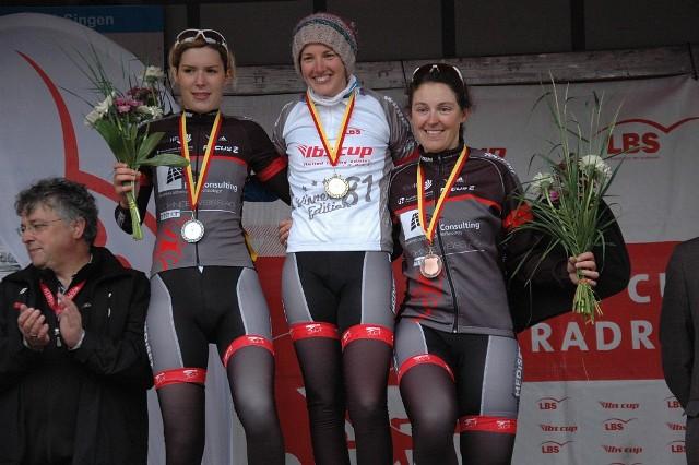 RACING STUDENTS Frauen belegen komplettes Podium bei BadenWürttembergischen Meisterschaften in Singen_Foto Team