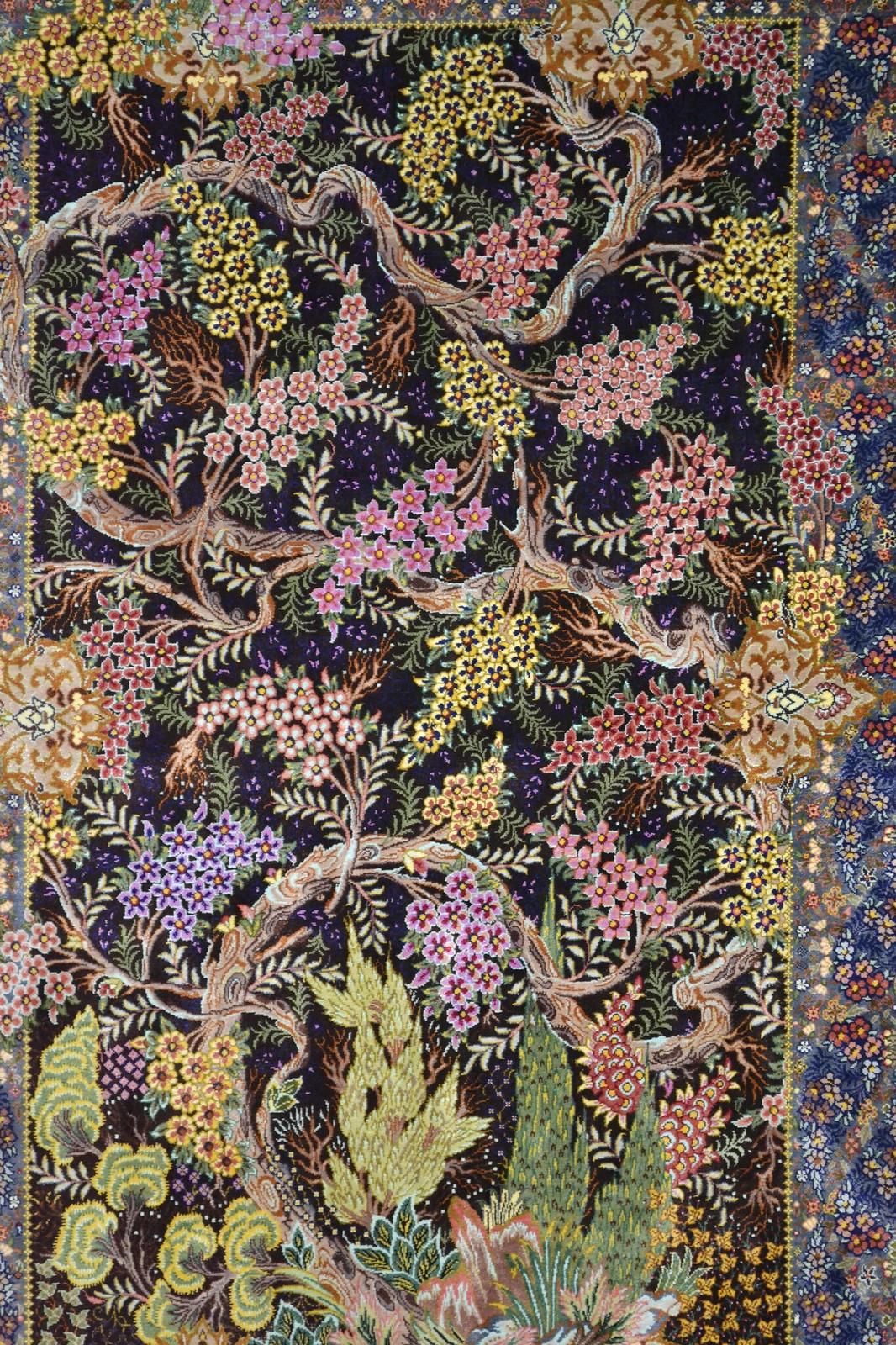 Qom Qum Silk Persian Rug