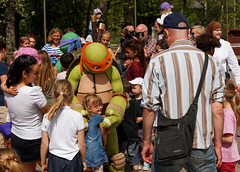 Large_Family_Day_2014_089