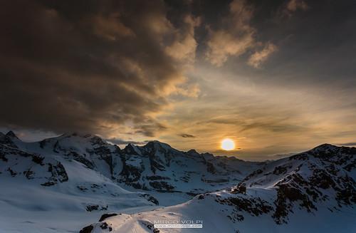 sunset panorama cloud sun mountain landscape tramonto nuvole swiss sole svizzera funivia montagna refuge rifugio bernina diavolezza sassqueder rifugiodiavolezza