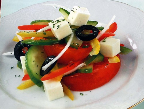 Салат-овощной-с-брынзой