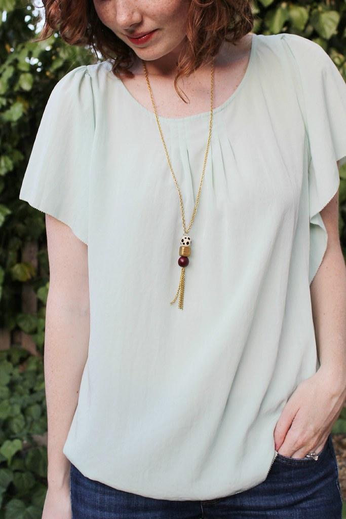 DIY: beaded tassel necklace