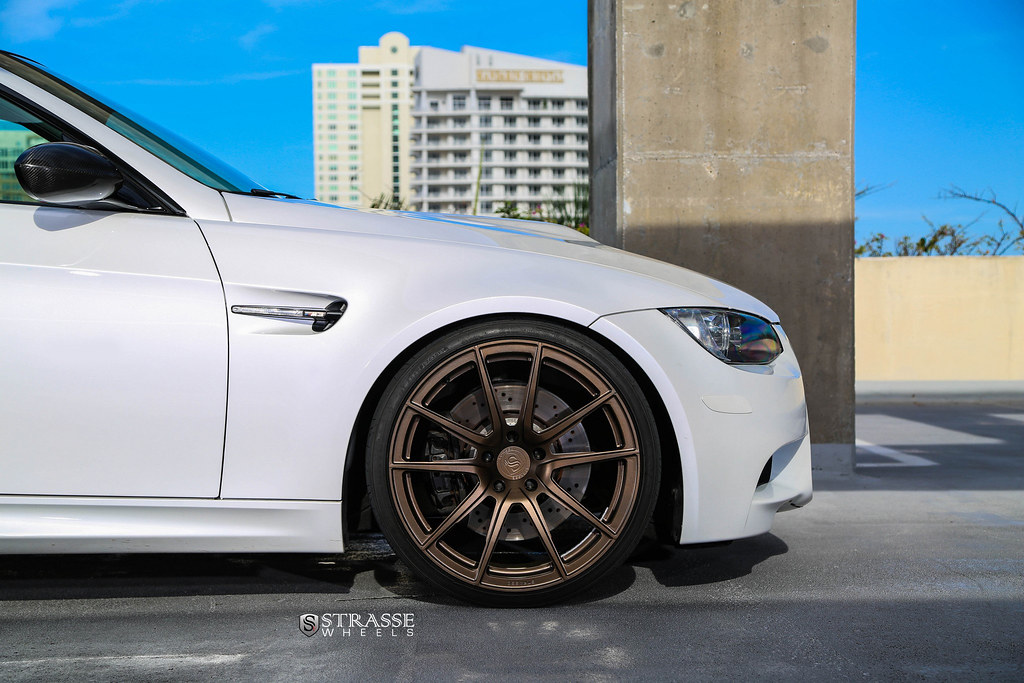 Looking For Pics Of Aw With Gold Bronze Rims