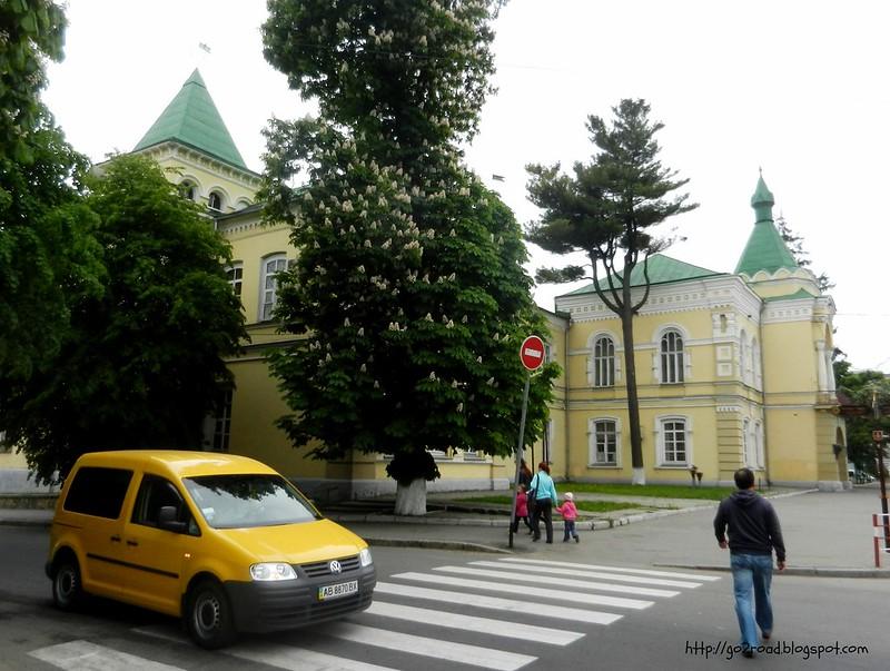 По улице Соборной