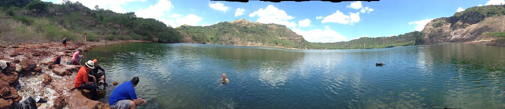 14291664593 874ccffb88 b 5 Crater Lakes to Visit in the Philippines