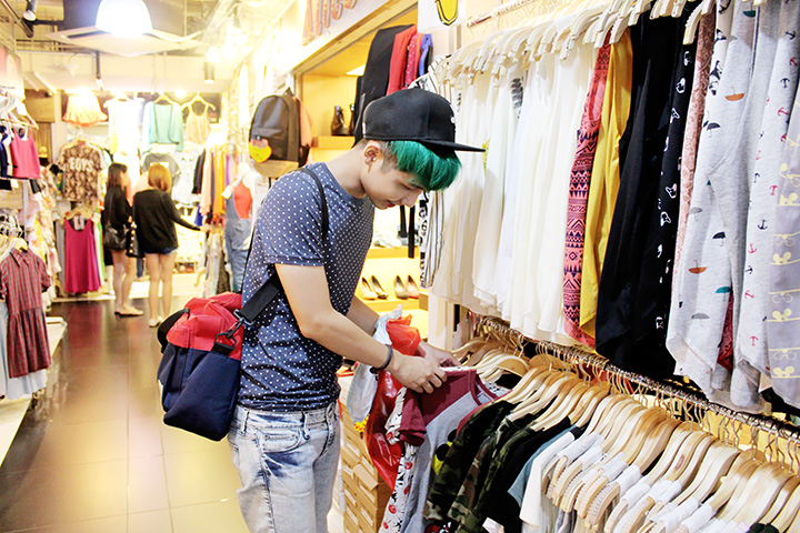 typicalben shopping at bugis street