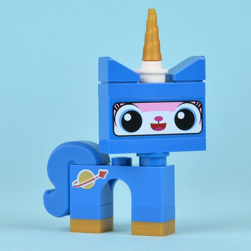 Review  70816 Benny s Spaceship  part 1Unikitty Space
