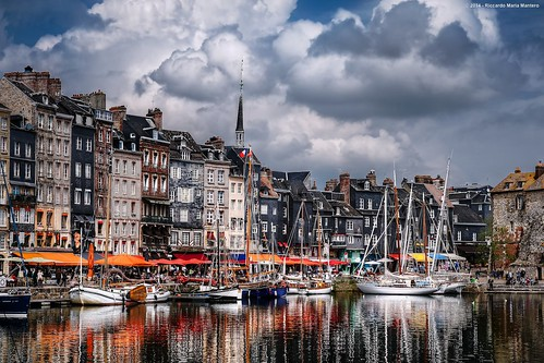 city travel sky france water clouds reflections boats harbor town europa europe village honfleur normandy francia viaggio normandia riccardo mantero afszoomnikkor2470mmf28ged potd:country=it