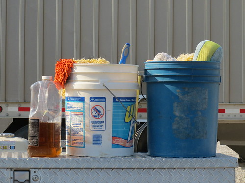 Z Crew: Cleaning supplies