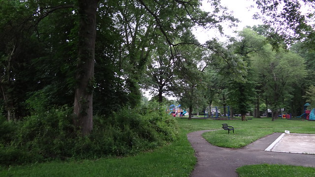 ARgonne Park, Teaneck, NJ