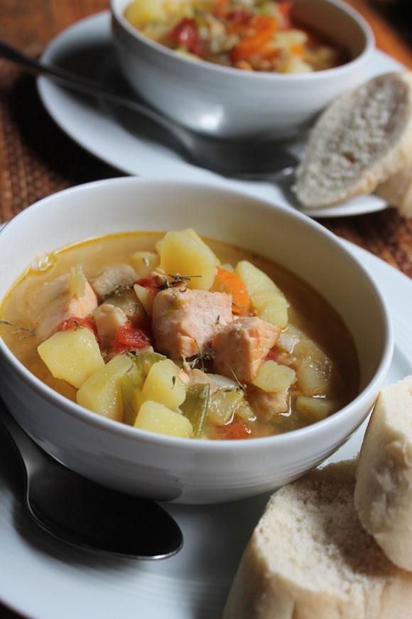 Fischeintopf mit Kartoffeln und Thymian