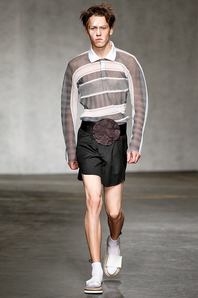 SS15 London Xander Zhou021_Sebastian Ahman(VOGUE)
