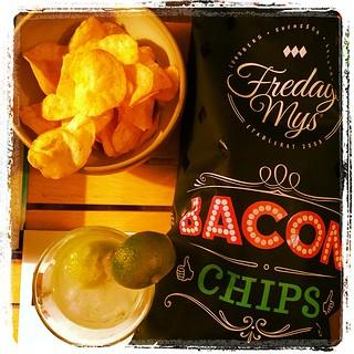 Fredagsmys på en måndag. Baconchips & Margarita drink. #fredagsmysare #goodthing