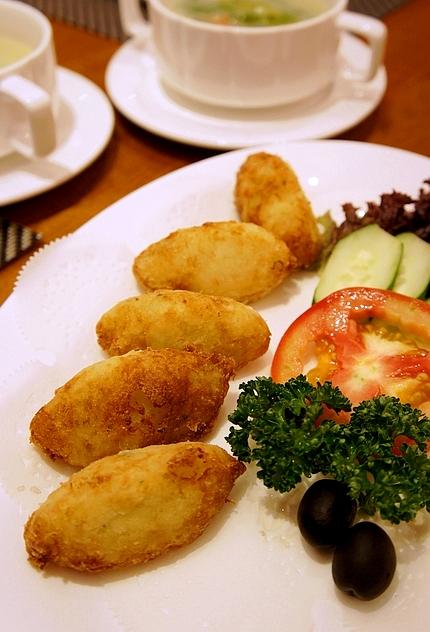 東區美食新帆船餐廳11