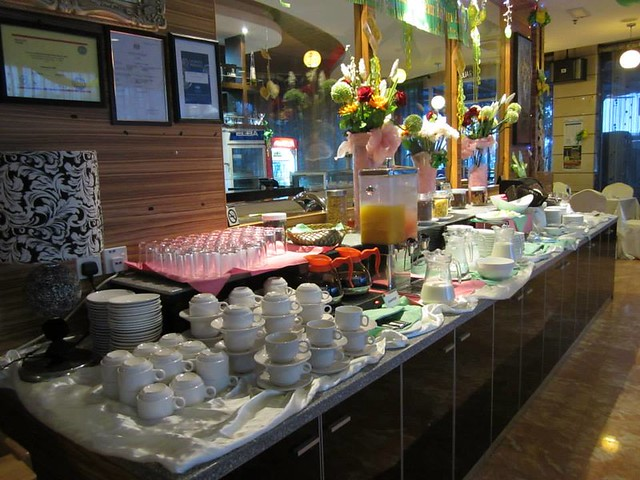 Kemena Hotel - breakfast