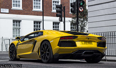 A very yellow Lamborghini !