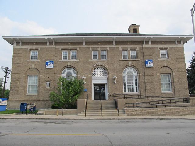 Blue Island Post Office
