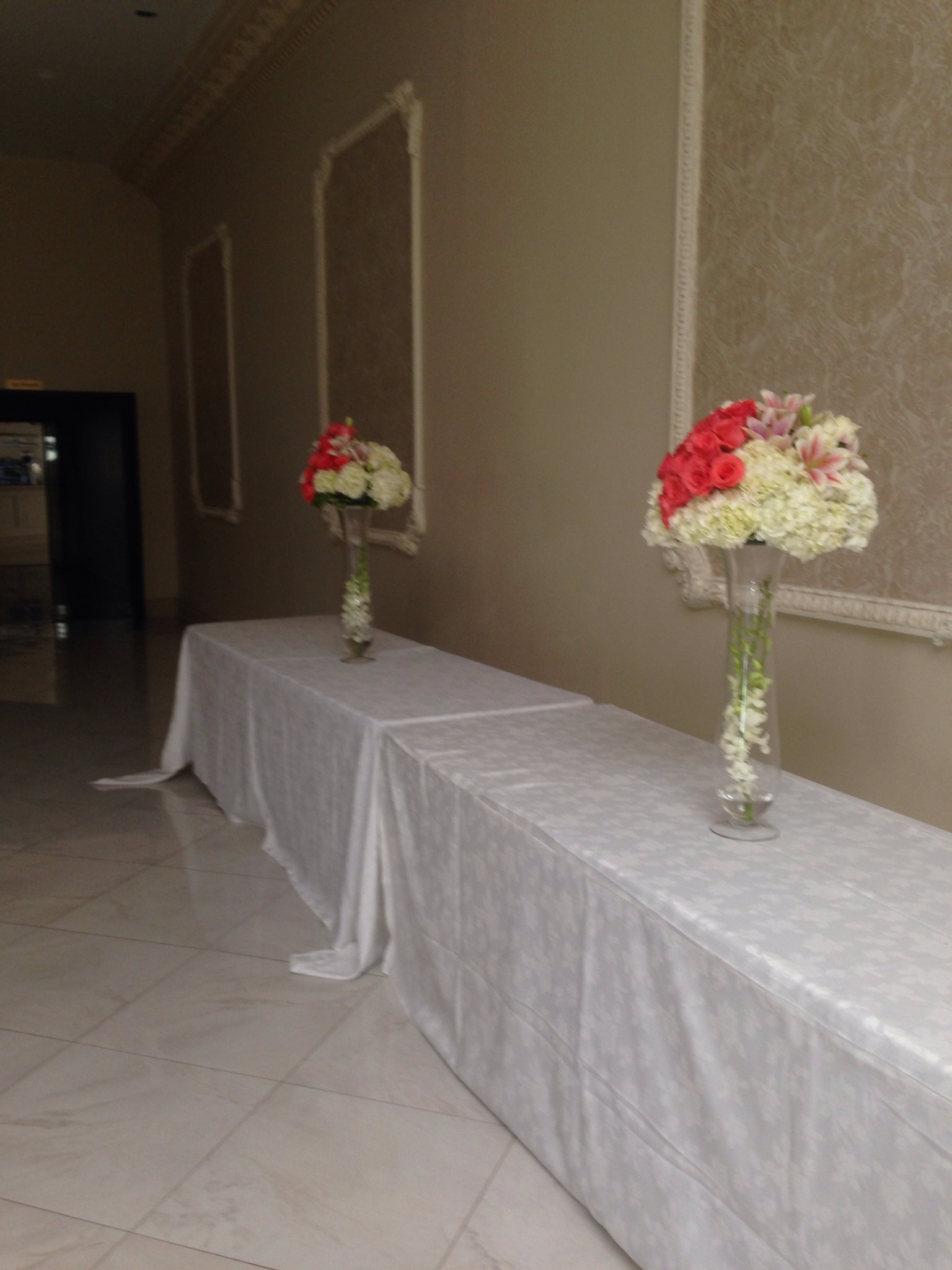 Farah florist. CP21.  $75-90