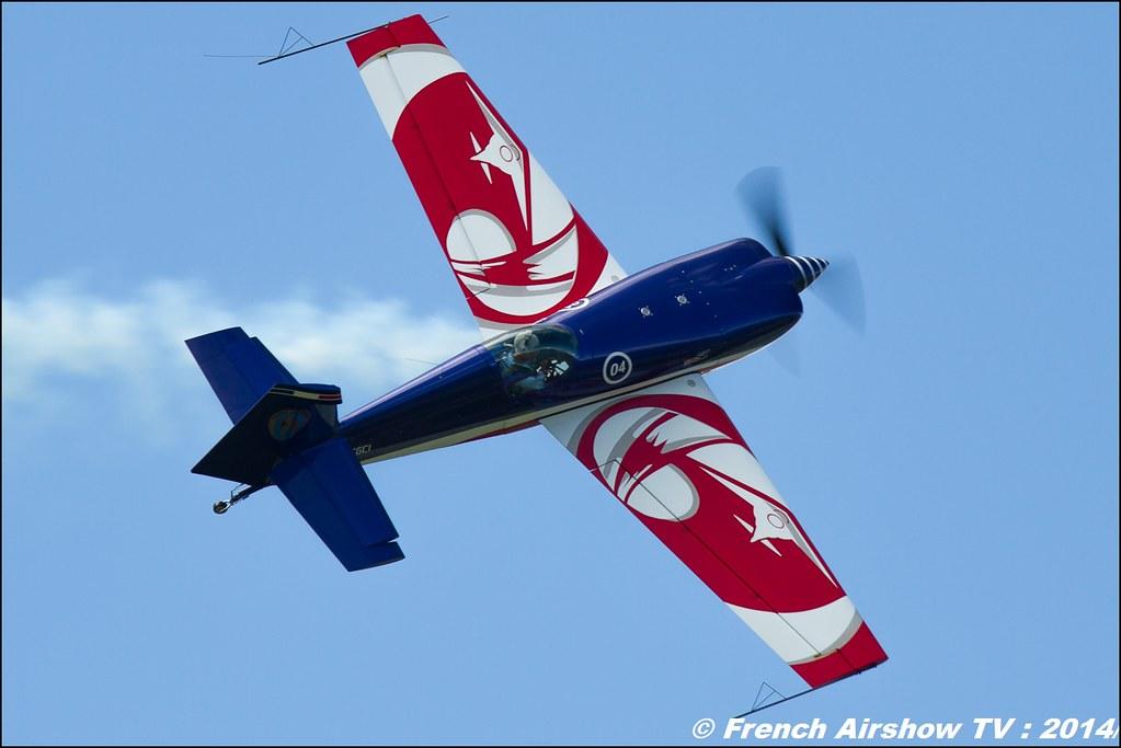 Extra 330SC, equipe de voltige armée de l'air , meribel air show 2014
