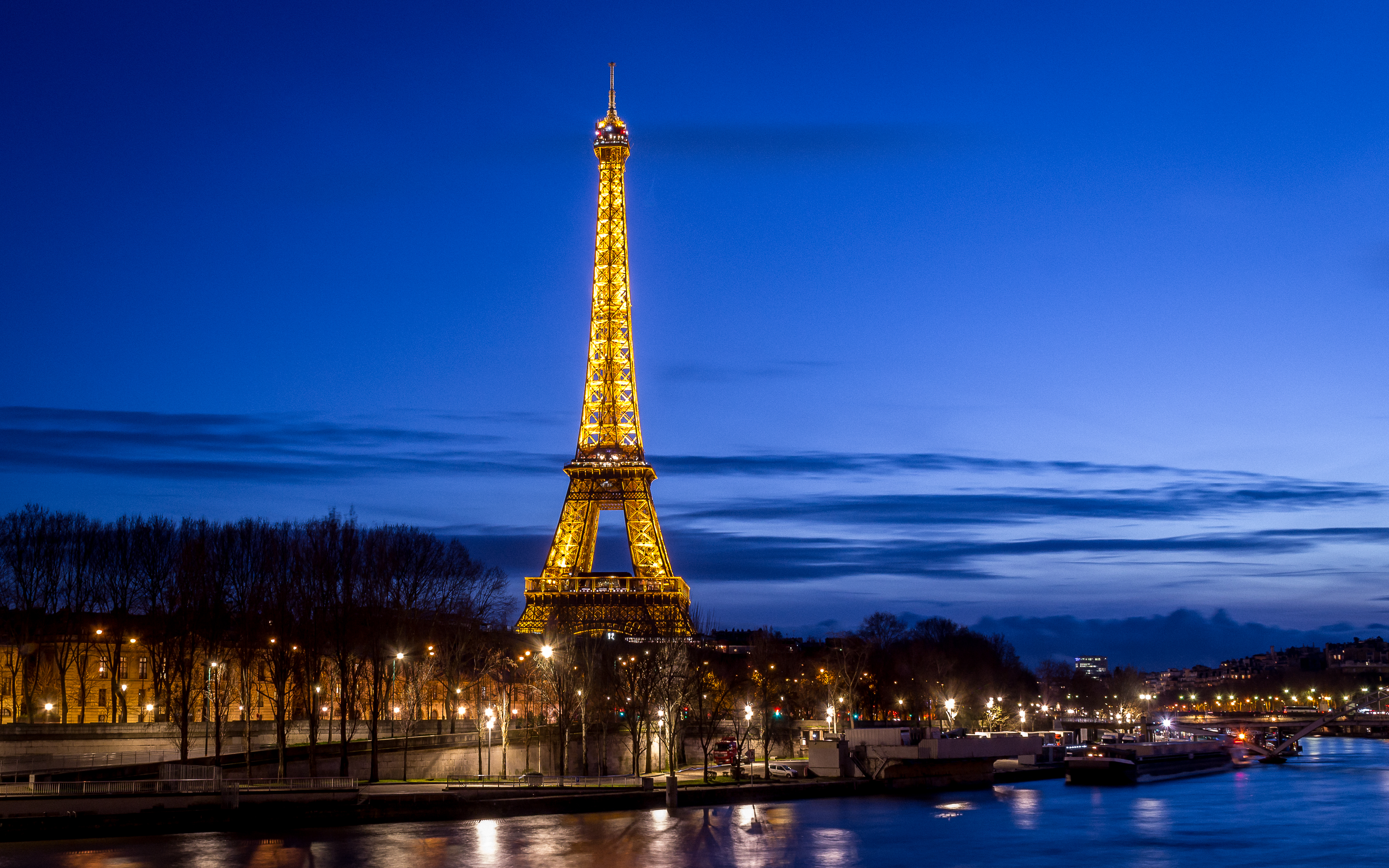Cruise down the Seine for the best of Paris by night