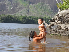 """Members of """"Venado"""", a Indigenous Community from Guainia"""