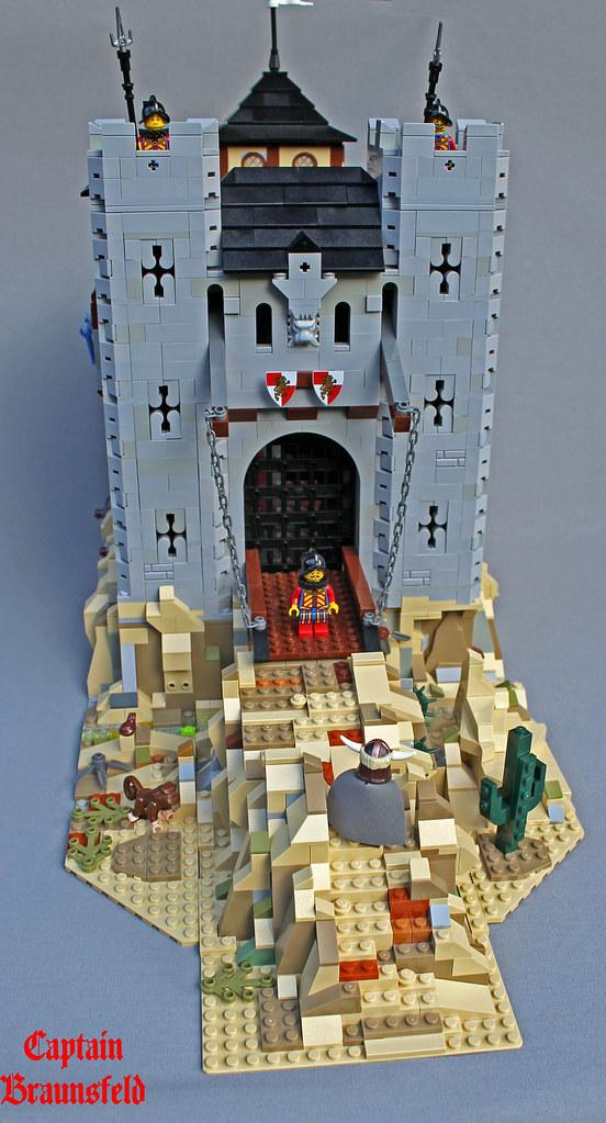 Cubic Castle Revisited (custom built Lego model)