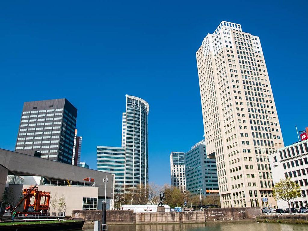 Architecture in Rotterdam. #architecture #rotterdamcity #rottergram #rotterdam #skyline #travelphoto #photography #olympus510