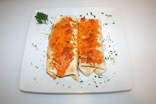 58 - Burrito-Auflauf - Serviert / Burrito-Casserole - Served