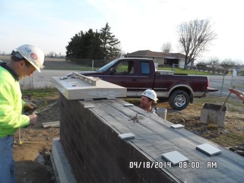 Setting stone cap