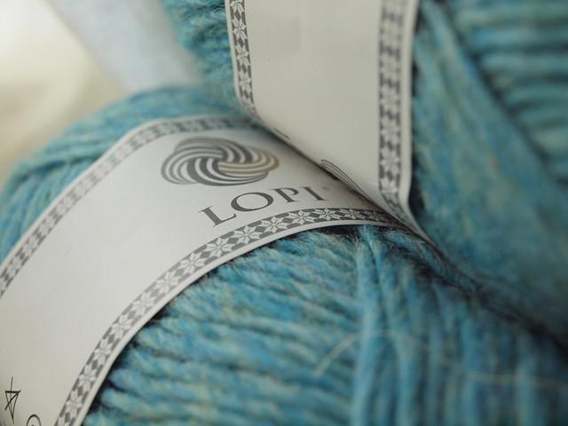 such pretty yarn bands.