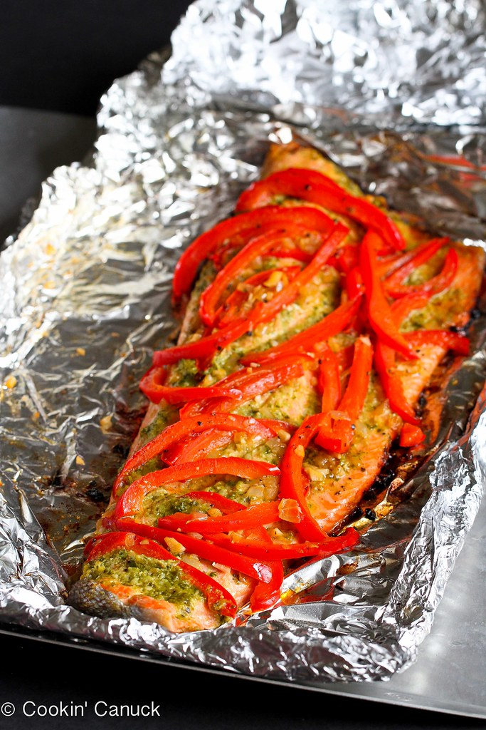This easy grilled salmon recipe in foil, with basil pesto and sautéed ...