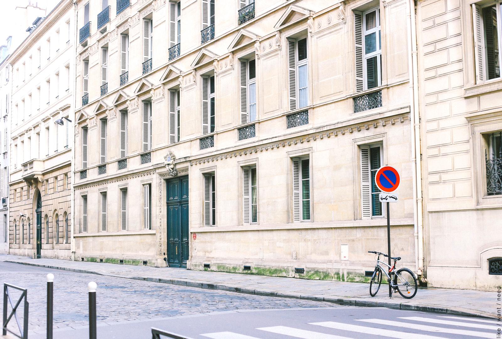 Rue de la Universite