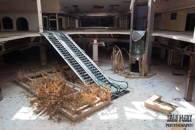 Remains of Rolling Acres Mall